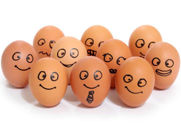 Hombre Con Huevos WP