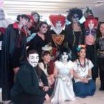 De todo un poco, Frida, reina, Anonymous y vampiros