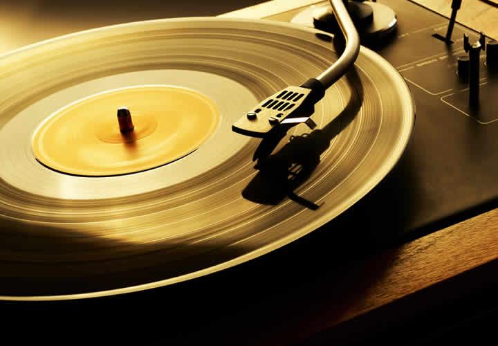 5-grandes-discos-y-canciones-instantaneos-de-lahistoria