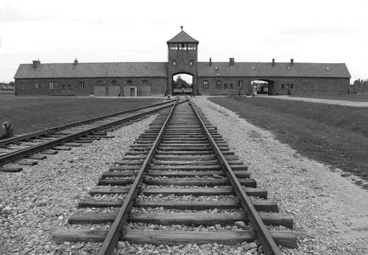 Auschwitz-jacobo-dayan