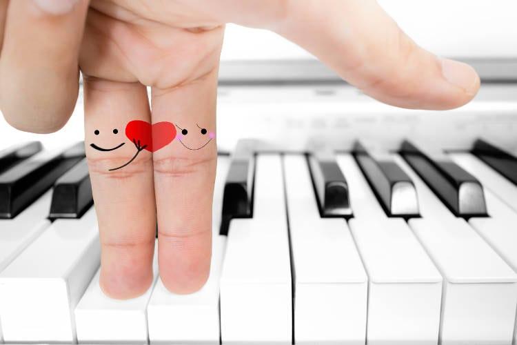 El buen amor: Diferencia entre ser y tener pareja