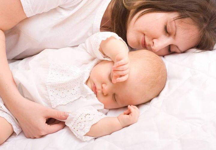 Duerme-contigo-por-qué-no-es-mala-idea