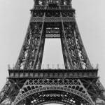 En septiembre de 1888 se rebasa la segunda planta y comienzan a montar la tercera.