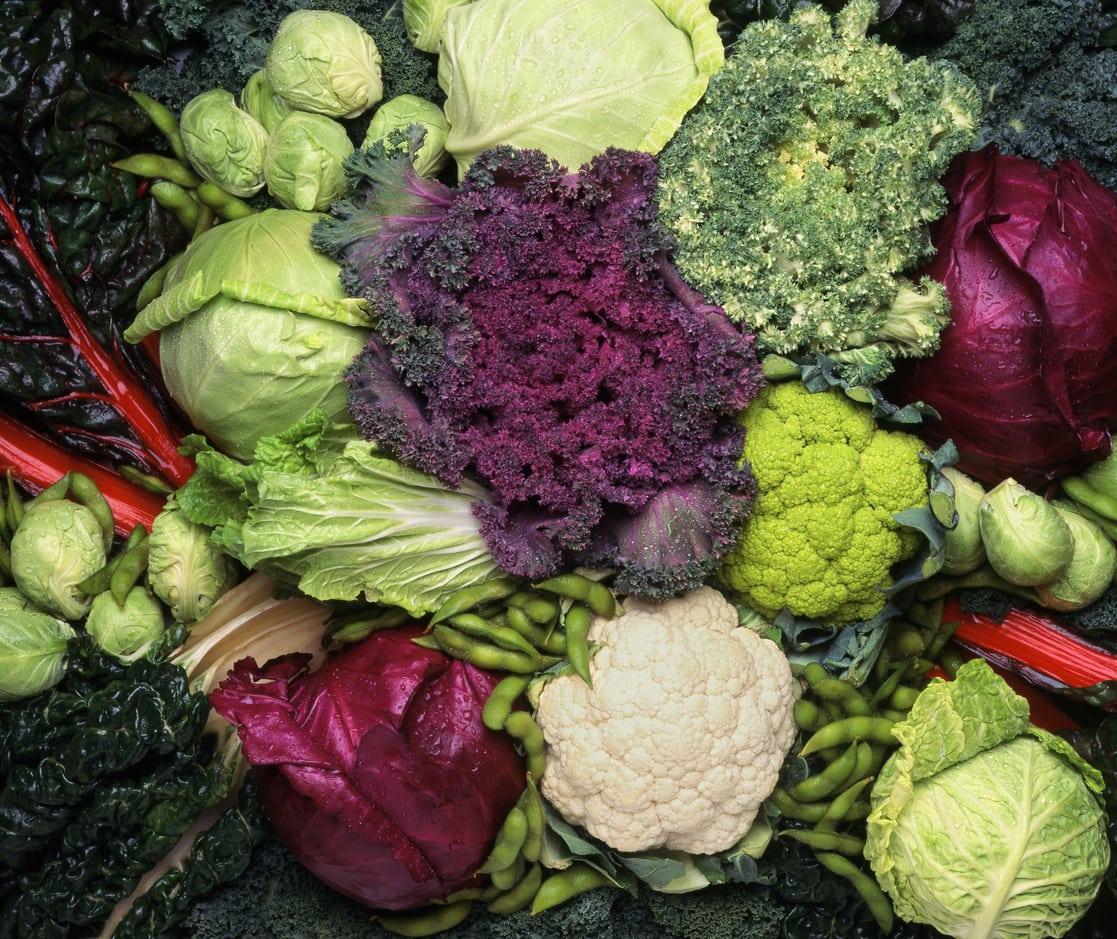 """Verduras como la coliflor, brócoli y coles de Bruselas contienen un tipo de azúcar que se metaboliza en el cuerpo a través de una sustancia conocida como """"methane"""" la cual produce bacteria generando gases."""
