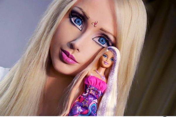 web_barbie-humana_big_tp