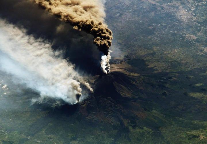 Etna - ISS005 - 30 de octubre de 2002