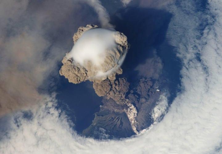 Volcán Sarychev, Japón - ISS20 - 12 de junio de 2009