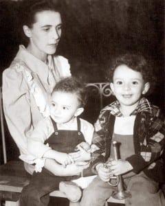 8. Leonora y sus hijos