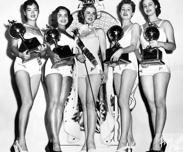 miss universo 1953