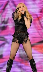 Sticky & Sweet Tour (1)